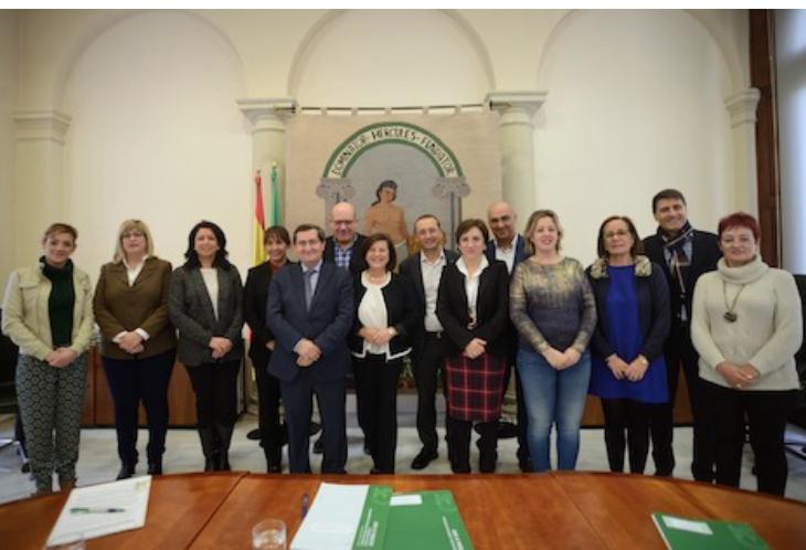 La Junta atiende a 12.000 menores en situación de riesgo en Andalucía
